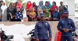 Maldivas, entre la amenaza externa y un estado de emergencia