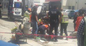 Tras caer en alcantarilla, muere ahogado trabajador en la Juárez