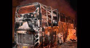 Autobús de obreros migrantes se incendia en Tailandia