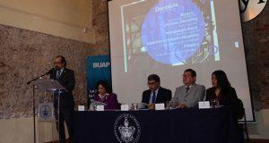 FFyL de la BUAP avanza en acreditación de docentes y programas