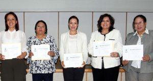 BUAP distingue a 30 trabajadoras en Día Internacional de la Mujer