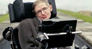 A los 76 años, muere el físico británico Stephen Hawking . Fuente: La Prensa