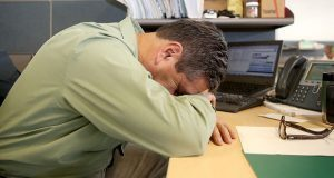 No dormir bien complica enfermedades crónico degenerativas: Issste