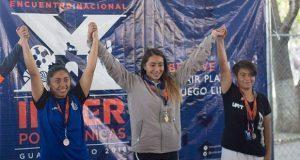 Universidad de Amozoc destaca en encuentro deportivo nacional