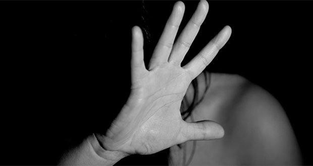 """La idea de """"posesión"""" en parejas adolescentes fomenta la violencia"""