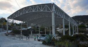 Gestionan techado para cancha deportiva en Atexcal