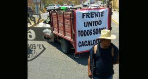 Cierran caseta a Atlixco y acusan a Paisano de vender tierras