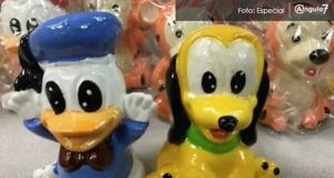 Decomisan cerca de Atlanta metanfetaminas provenientes de México, ocultas en 500 muñecos de personajes de Disney. Foto: Especial