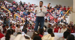 Atención médica las 24 horas, promete Enrique Doger en Tetela