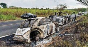 Hallan vehículos calcinados de 6 jóvenes desaparecidos en Oaxaca