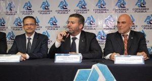 Cambio de Consejo Directivo y del Presidente, quedando como titular al cargo Fernando Treviño Núñez.