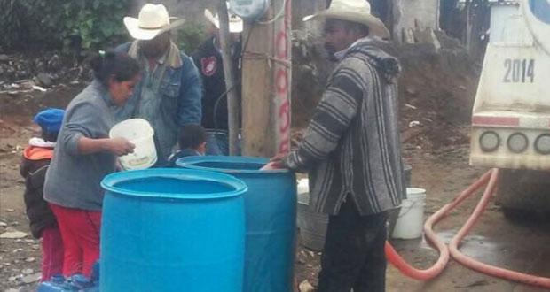 Vecinos de San Miguel Tecuanipa exigen suministro de agua potable