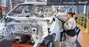 En primer trimestre, cae 33.5% y 20% producción y exportación de VW México