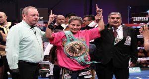 """Mariana """"Barby"""" Juárez derrota a Carolina Arias en Puebla"""