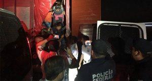 Rescatan a 191 migrantes centroamericanos en Hidalgo y Veracruz
