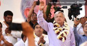 "López Obrador responsabiliza a RMV de campaña ""AMLO sí, Barbosa no"""