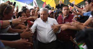 Sí a más plantas automotrices en Puebla, pero primero el campo:AMLO