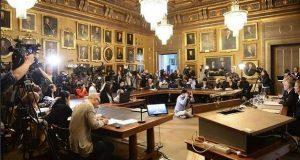 Suspenden Nobel de Literatura tras escándalo de abusos sexuales