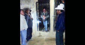 """Acusan detención """"violenta"""" de antorchista en Coxcatlán"""