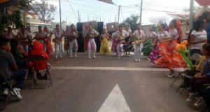 Antorcha festeja a mamás y niños en colonia Belén