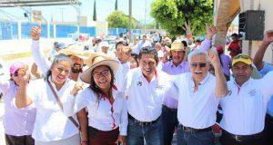 Campesinos de Cacaloapan apoyan a antorchista Lisandro Campos