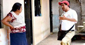 Bonilla Ángel escucha demandas de familias de Isidro Burgos