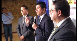 Eduardo Rivera pide no dejarse llevar por AMLO y evaluar propuestas
