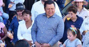 Debates deben hacerse diario y en plazas públicas: Gonzalo Juárez