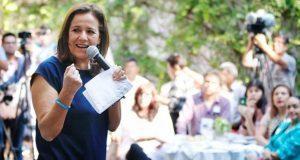 Zavala oficializa ante INE renuncia a su candidatura presidencial