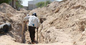 Nueva red de drenaje beneficiará a vecinos de Ajalpan: Antorcha