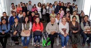 Ofrecen jornada de salud por Día de las Madres