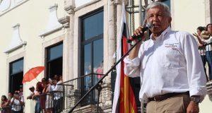 "Dialogaré con cúpula empresarial si hacen ""negocios legales"": AMLO"