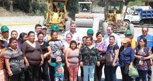 Gali supervisa rehabilitación de carretera Texcapa-Tlapacoya