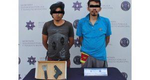 Capturan a 2 sujetos en asalto a ruta 17 atrás del mercado Morelos
