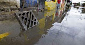 Corriente de agua arrastra y ahoga a niño de 9 años en CDMX