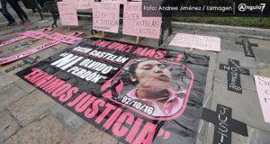 Con protestan en el zócalo, acusan a FGE de no resolver feminicidio de 2016