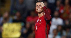 En debut, Cristiano Ronaldo anota triplete en empate 3-3 ante España