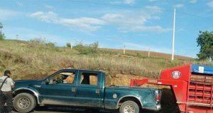 Ejecutan a dos ganaderos adentro de camioneta en la siglo XXI