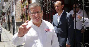 Asegura Enrique Doger que hay priistas que piden apoyo a RMV