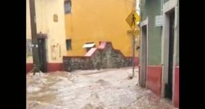 Lluvias por Bud inundan Guanajuato