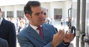Lorenzo Córdova pide a empresarios no coaccionar el voto