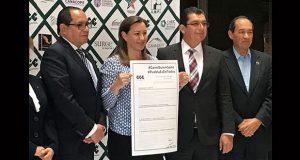Martha Erika ofrece al CCE revisar su agenda empresarial