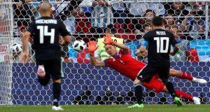 Messi falla penal y Argentina empata 1-1 con Islandia