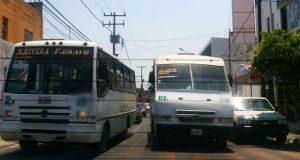 Mujer muere luego de que ruta 2A pasó tope a alta velocidad, acusan