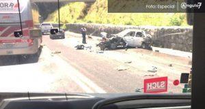 Aparatoso accidente en la Amozoc-Perote dejaría al menos cuatro muertos