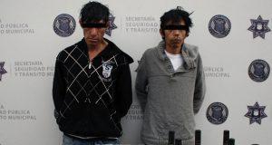 Dan prisión preventiva a 2 por asaltar OXXO en San José Los Pinos