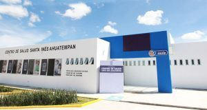 Gali inaugura centro de salud de Ahuatempan
