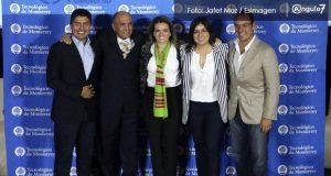 Conversatorio de candidatos por alcaldía, con indirectas a Eduardo Rivera