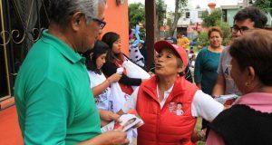 Soraya Córdova presenta propuestas a vecinos de La Ciénega