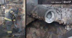 Bomberos atienden estallido de tubería en baños públicos de Puebla